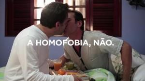 Anuncio contra la homofobia